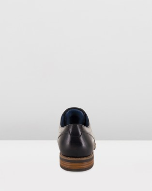 Florsheim Cirrus - Dress Shoes (Black)