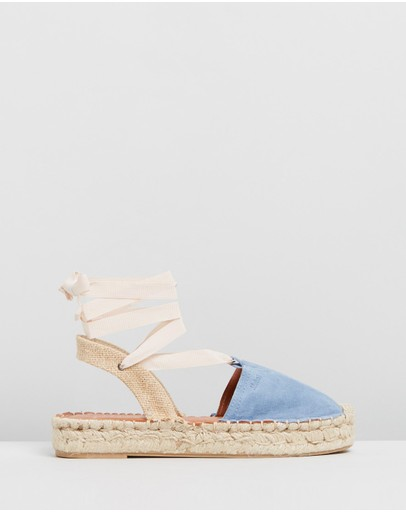 8398be657176 Alohas Sandals