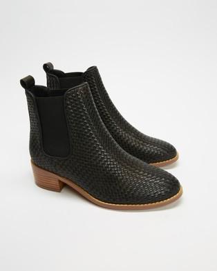 Walnut Melbourne Grace Weave Leather Boots Black