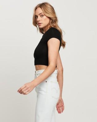 she.is.us Stassie Tee T-Shirts & Singlets Black