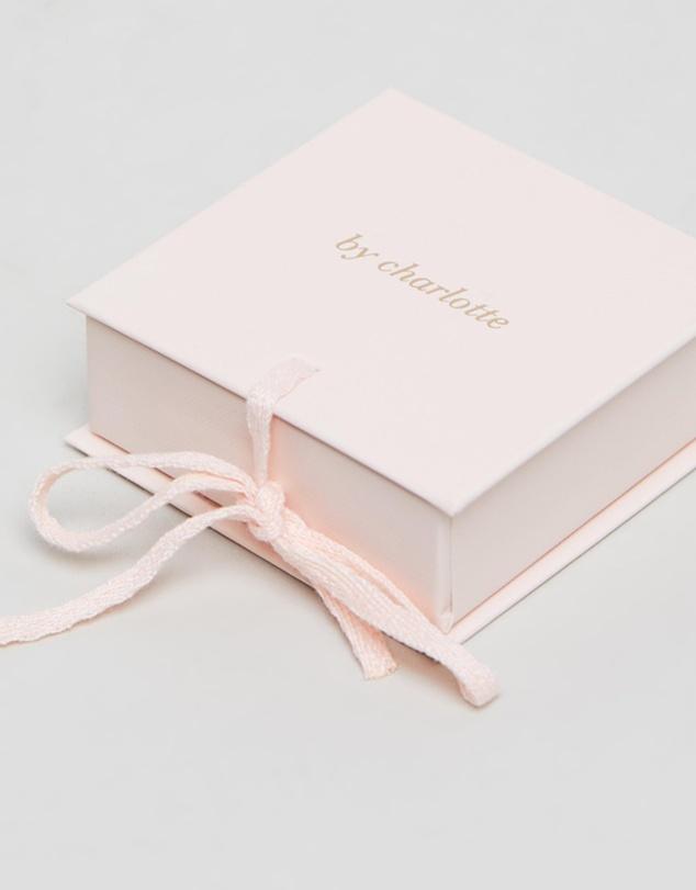 Women Love Letter 'U' Necklace