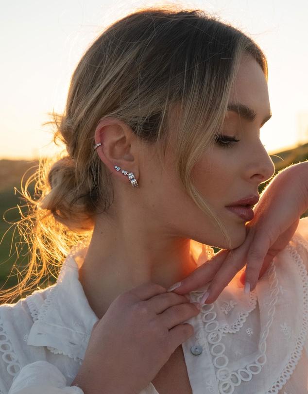 Women Jolly Earrings