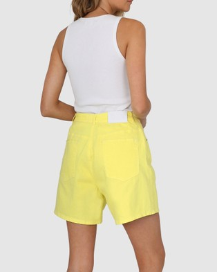 BY.DYLN Aspen Shorts - Denim (Lemon)