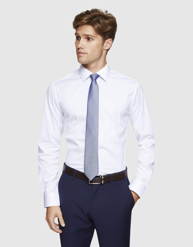 Oxford - Stretch Travel Shirt with Charcoal Buttons