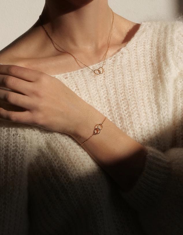 Women Elan Unity Necklace