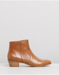 Atmos&Here - Arnleigh Leather Ankle Boots