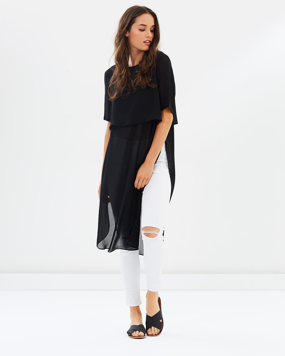 Lincoln St The Layering Tee Tops Black The Layering Tee