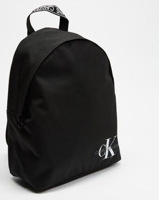 Calvin Klein Jeans Round Backpack 35 - Backpacks (Black)