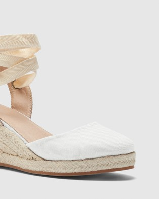 Novo Brodie - Wedges (White)