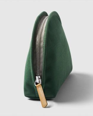 Bellroy Classic Pouch - Beauty (Green)
