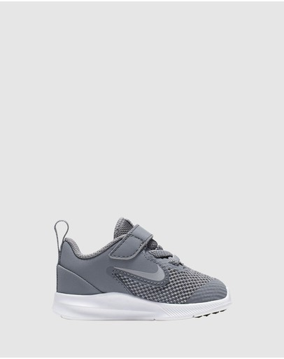 low priced c6d01 d68d9 Nike Shoes for Kids   Buy Kids Shoes Online- THE ICONIC