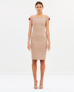 BY JOHNNY. – Bare Shoulder Tie Dress – Bodycon Dresses Nude & Chili