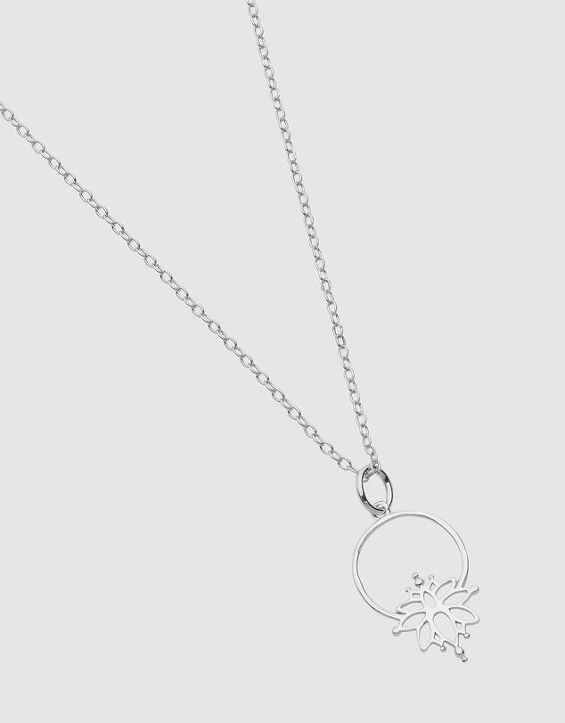 Women Magnolia Necklace
