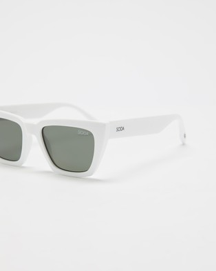 Soda Shades Hailey - Sunglasses (White)
