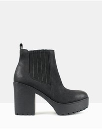 Betts - Conrad Chunky Platform Ankle Boots