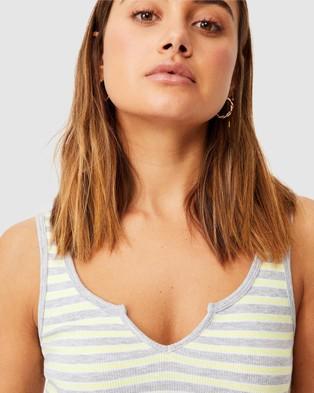 Supre Laurel Notch Front Tank - T-Shirts & Singlets (Stripe)