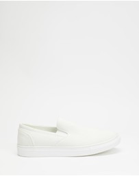 Staple Superior - Classic Slip On Canvas Sneakers