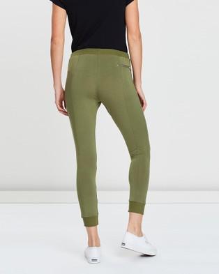 Pilot Athletic Lilly Lounge Capri Pants - Sweatpants (Green)