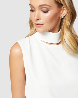 Forever New Rylee Cut Out Neck Top - Tops (Porcelain)