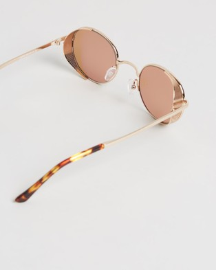 Amber Sceats Laurie Glasses - Sunglasses (Gold)