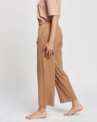 Le Buns Juniper Long Relaxed Pants - Joggers (Latte)