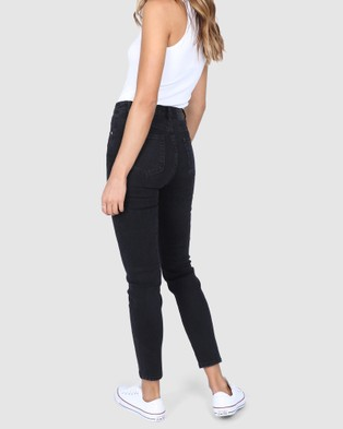 BY.DYLN Carson Jeans - Mom Jeans (Black)