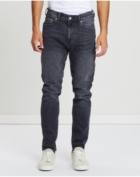 Burton Menswear - Carter Relaxed Tapered Fit Jeans