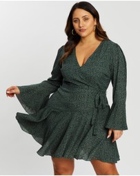Atmos&Here Curvy - Long Sleeve Wrap Dress