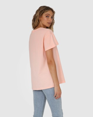 Madison The Label Madison Madison Tee - T-Shirts & Singlets (Blush)