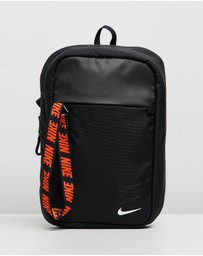 Nike - Sportswear Essentials Hip Pack