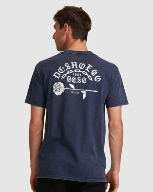 DC Shoes Mens Chained Up Short Sleeve T Shirt - Short Sleeve T-Shirts (Black Iris)
