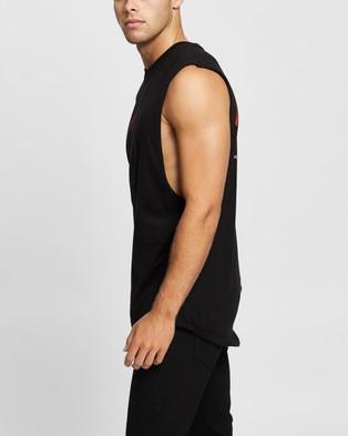 Nena & Pasadena Eternity Scoop Back Muscle Tee - T-Shirts & Singlets (Jet Black)