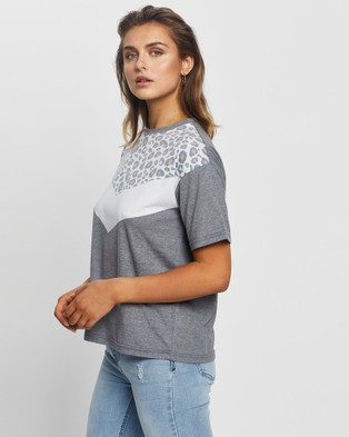 All About Eve Cheetah Chevron Tee - Tops (Washed Black)