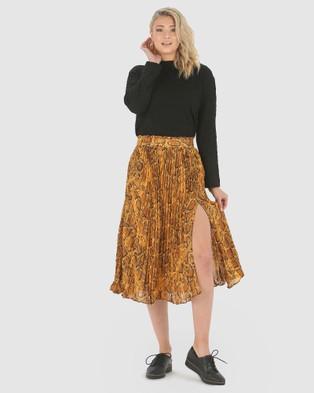 Privilege Pleated Split Skirt - Pleated skirts (Golden Snake)