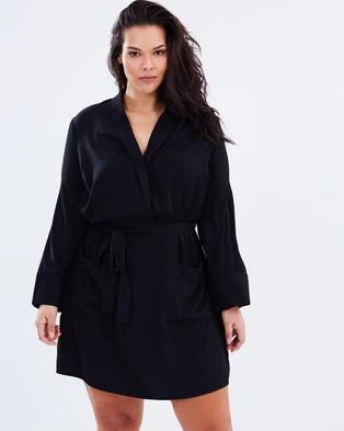 Atmos & Here Curvy – Gable Tuxedo Dress – Dresses (Black)