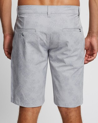 TravisMathew Hodad Shorts Sleet