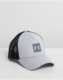 Under Armour - Closer Trucker Cap - Men's
