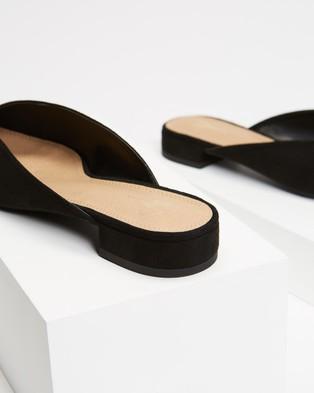 SPURR Chipper Flats - Flats (Black Microsuede)