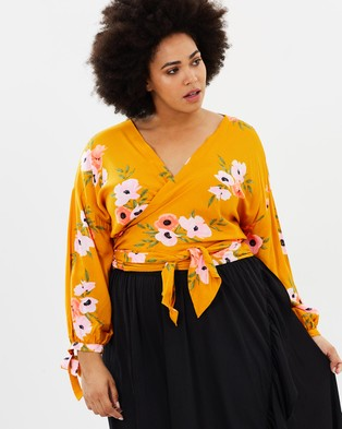 Atmos & Here Curvy – Cindy Double Wrap Blouse – Tops (Mustard Floral)