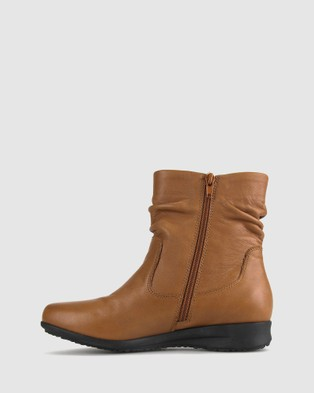 Airflex Cross Leather Ankle Boots - Boots (Dark Tan)