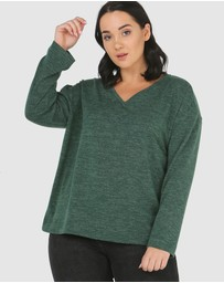 Advocado Plus - Essential V-Neck Top