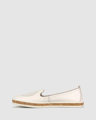 Airflex Guest Leather Slip On Shoes - Casual Shoes (White)