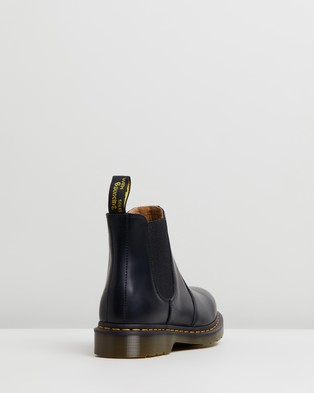 Dr Martens - Unisex 2976 Smooth Chelsea Boots - Boots (Black Smooth) Unisex 2976 Smooth Chelsea Boots