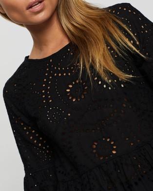Atmos&Here Sophia Broidery Top - Tops (Black)