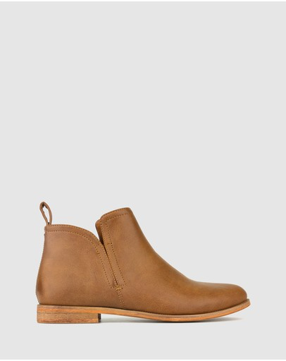Betts - Excite Flat Ankle Boots