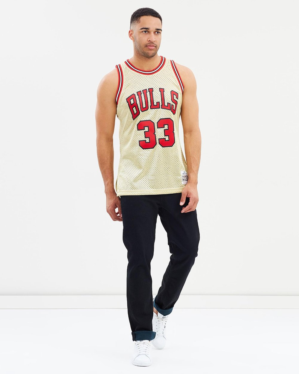 Chicago Bulls Scottie Pippen 1997 Gold Swingman Jersey by Mitchell   Ness  Online  bcd4f5afb
