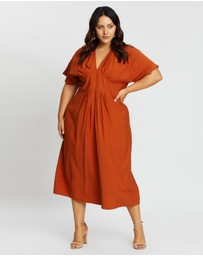 Atmos&Here Curvy - Teagan Gathered Midi Dress