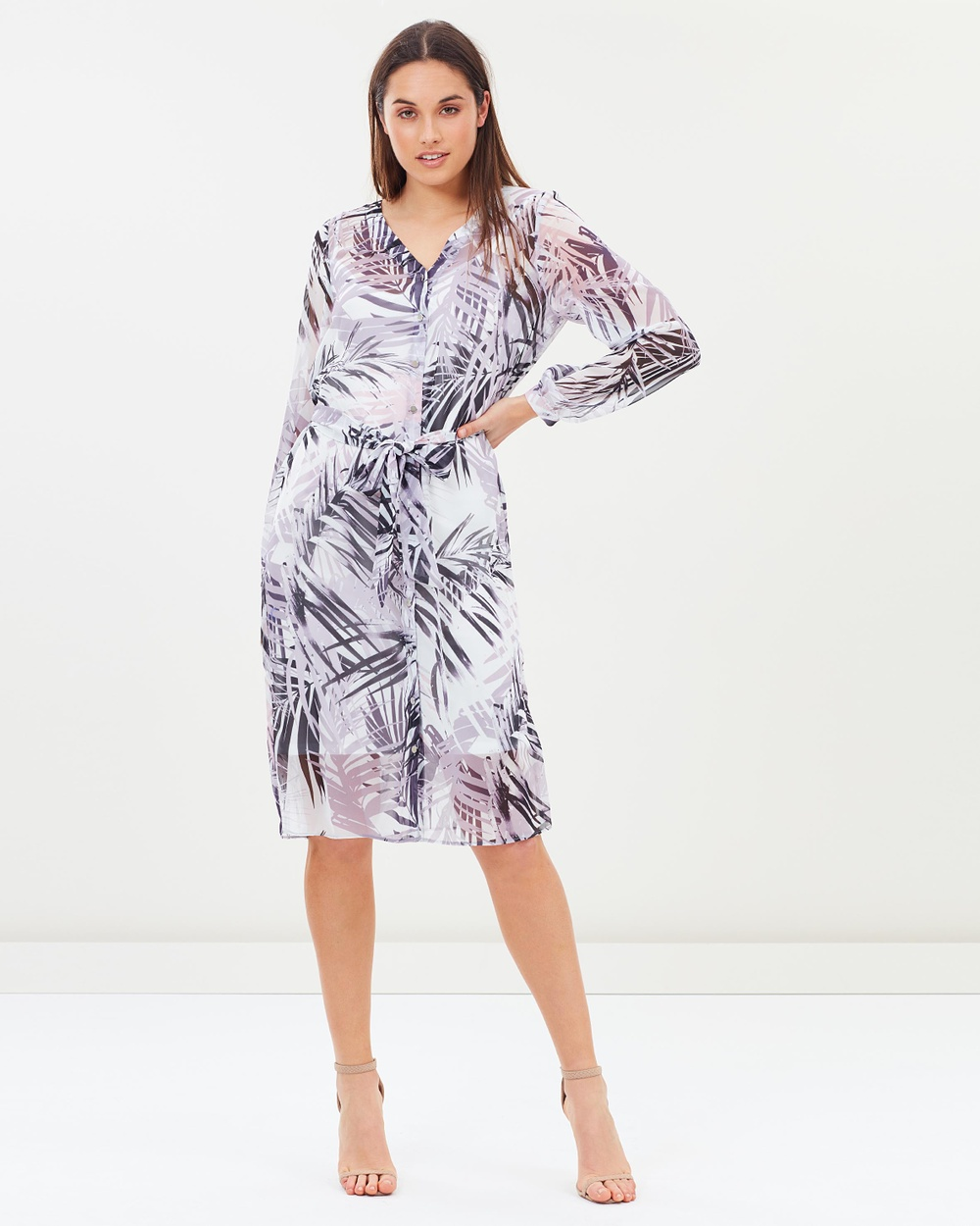 Photo of Wallis Wallis Posh Palm Shirt Dress Dresses Pink Posh Palm Shirt Dress - For on-trend womenswear with a classic twist, look to British fashion label Wallis. The Wallis woman is confident, fashionable and thoughtful in her approach to personal style. The label creates clothing to match a modern, 24/7 lifestyle, with feminine, chic designs that can take you from office to evening and weekend with ease. Our model is wearing a size UK 8 dress. She is 176.5cm (