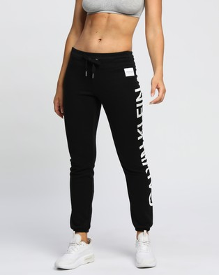 Calvin Klein Performance Logo Elastic Cuff Sweatpants - Sweatpants (Black & White)