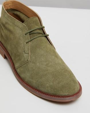Double Oak Mills Freeman Suede Desert Boots - Dress Shoes (Olive)